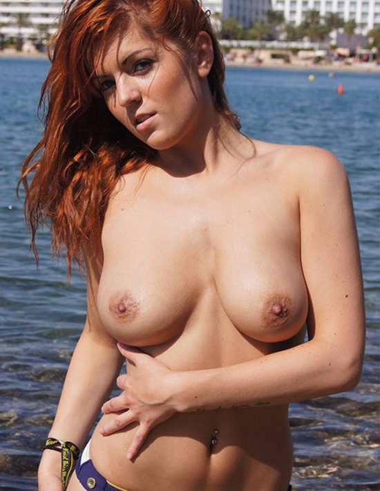 Rosie takes off her bikini